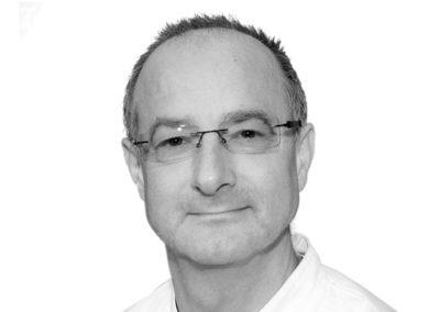 Dr. Thomas Flegel